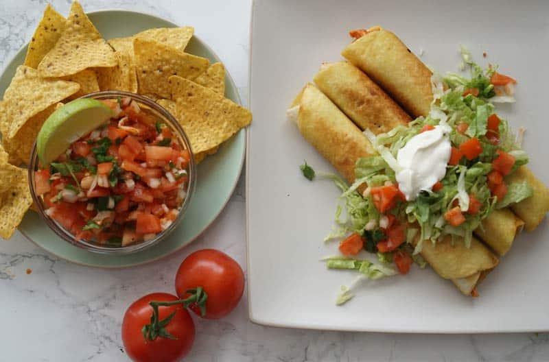 Flautas with pico de gallo