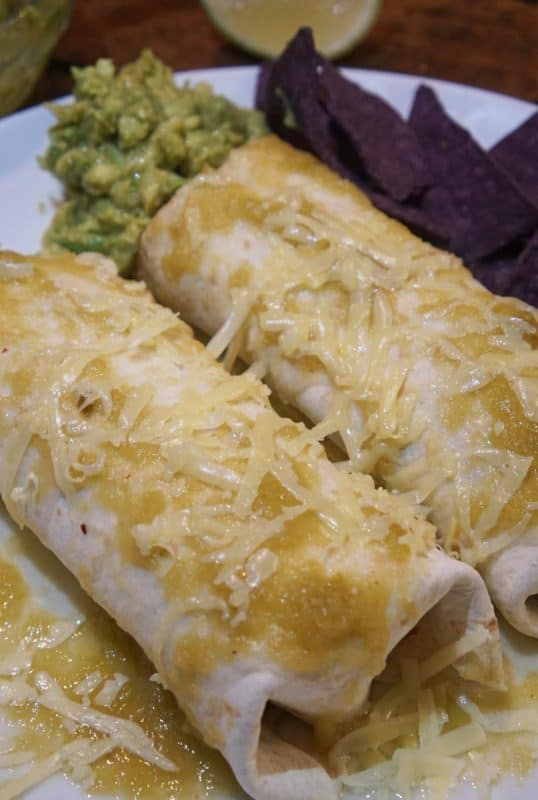 Mexican wet burrito with salsa verde | afoodloverskitchen.com | #wetburrito #burrito #Mexicanfood #recipe