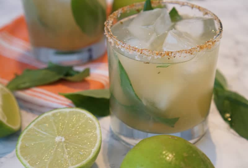 oaxacan cocktail with mezcal