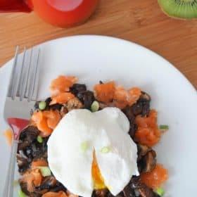 smoked salmon, mushrooms and egg