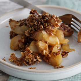 Salted Caramel Apple Crisp