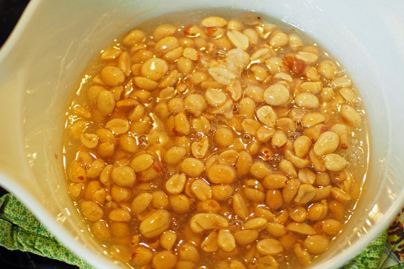 peanut brittle candy