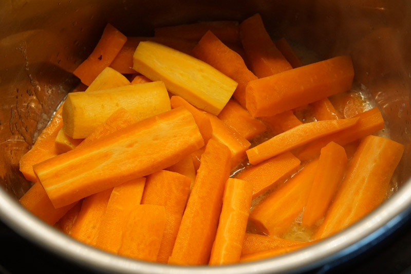 Raw Carrots in the Instant Pot