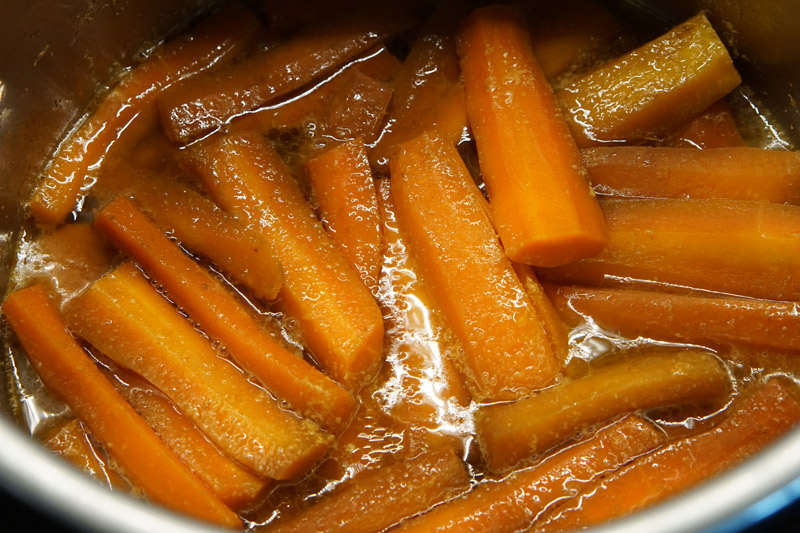 Cooked Carrots in the Instant Pot