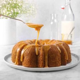 Apple cinnamon bundt cake